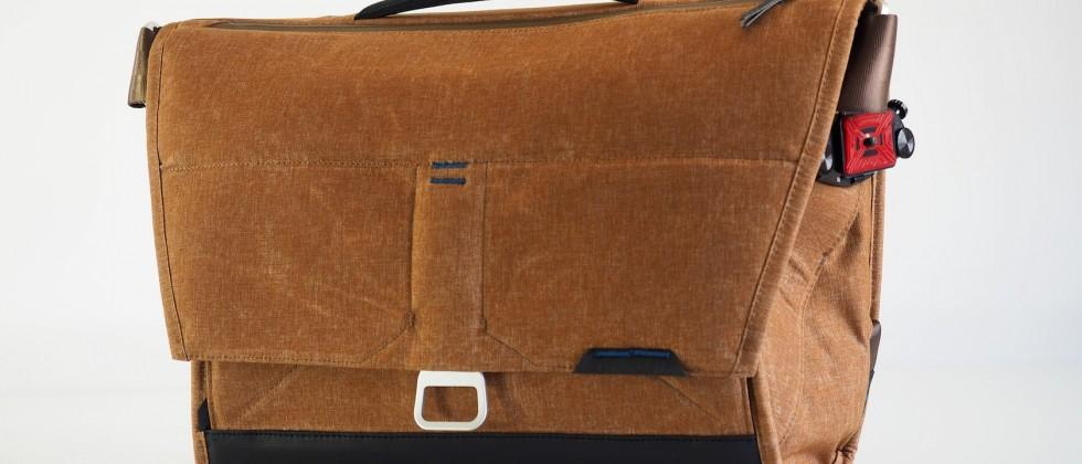 The Everyday Messenger by Peak Design hands-on