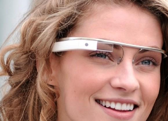 Google Glass changes name to Project Aura, tries to change fate