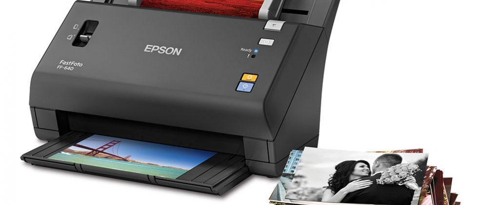 Epson FastFoto FF-640 can scan one photo per second