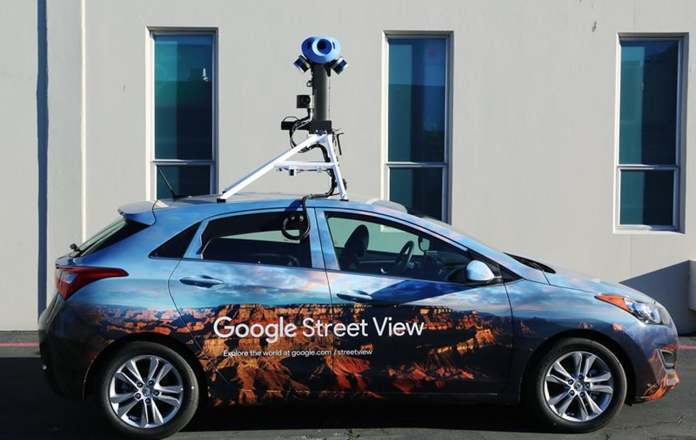 Google Street View employs AI to read street, business signs