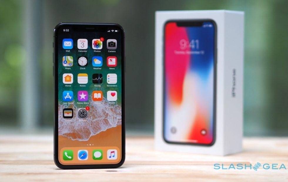 Some iPhone X displays have developed a bright green line