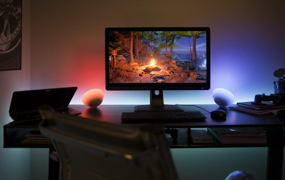 Hue Sync release liberates on-screen color from your PC and Mac