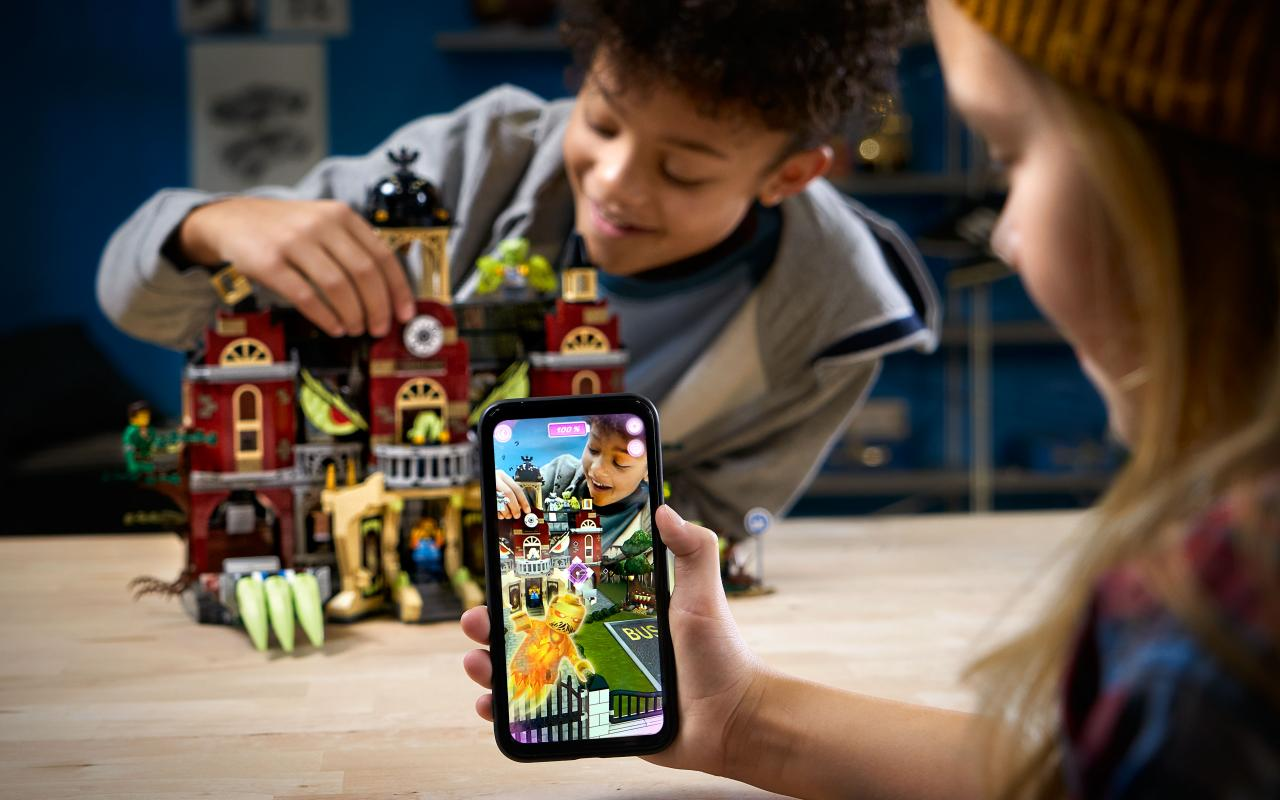LEGO Hidden Side combines AR game with physical building sets