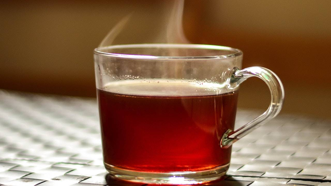 Throat cancer risk nearly doubles with hot drinks