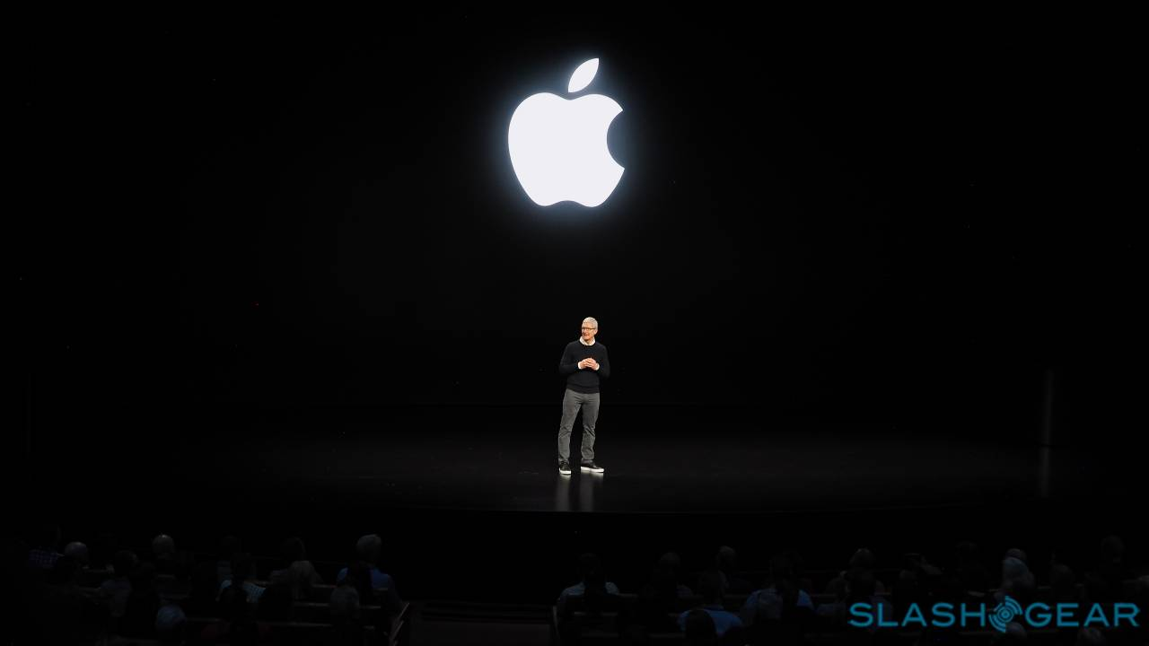Apple's Tim Cook bullish on services, coy on iPhone 5G