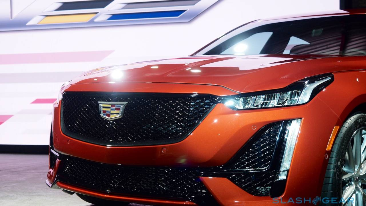 2020 Cadillac CT4-V and CT5-V pair sports sedans with Super Cruise
