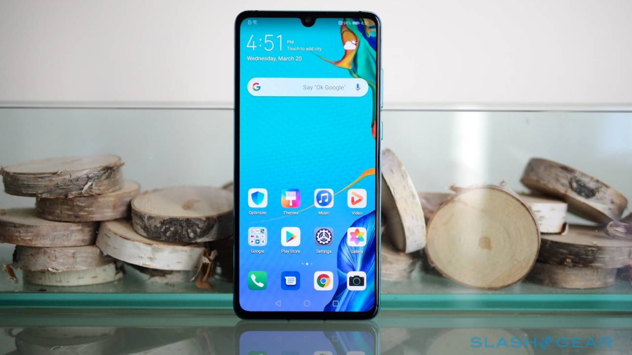 ARM to suspend business ties with Huawei