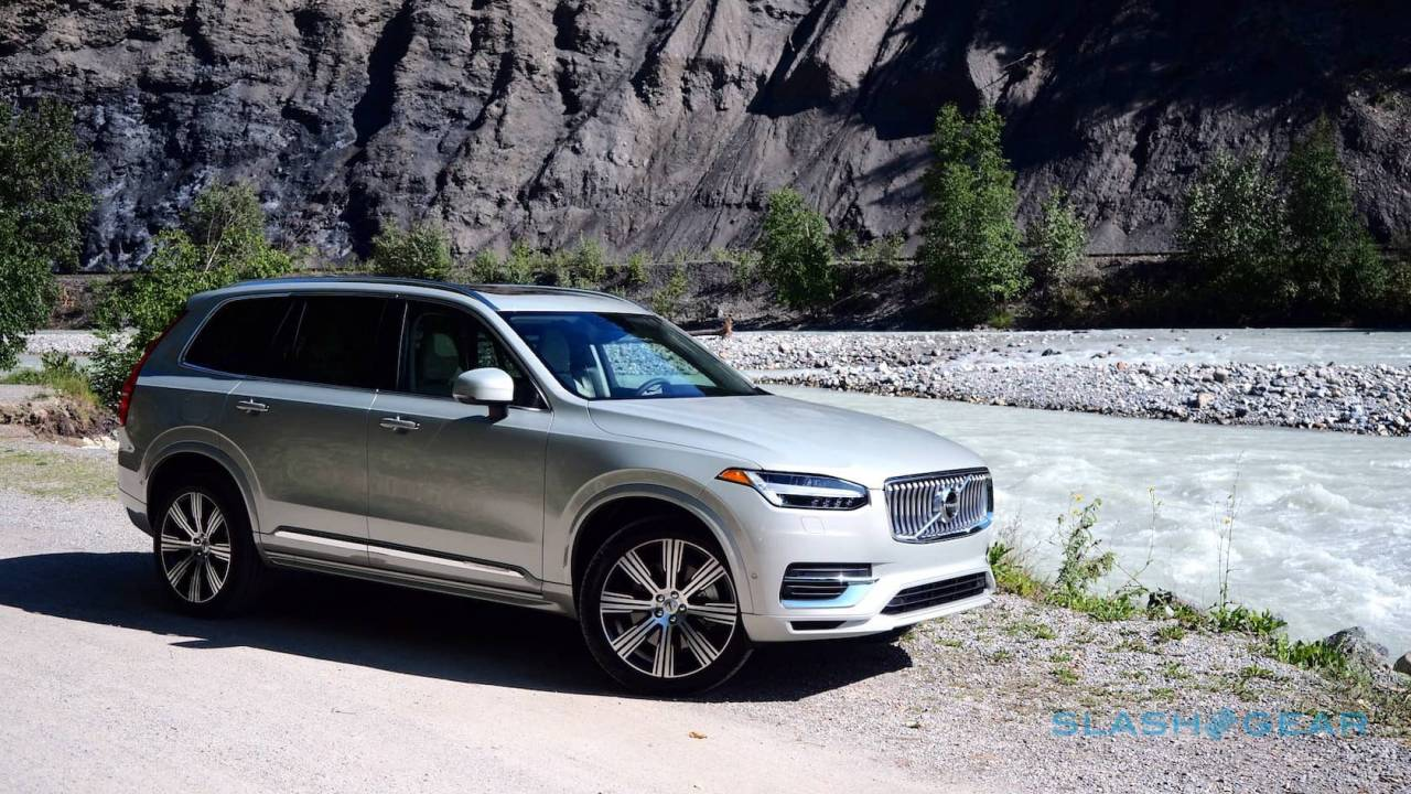 2020 Volvo XC90 First Drive: T8 hybrid, T6, and smug Swedes