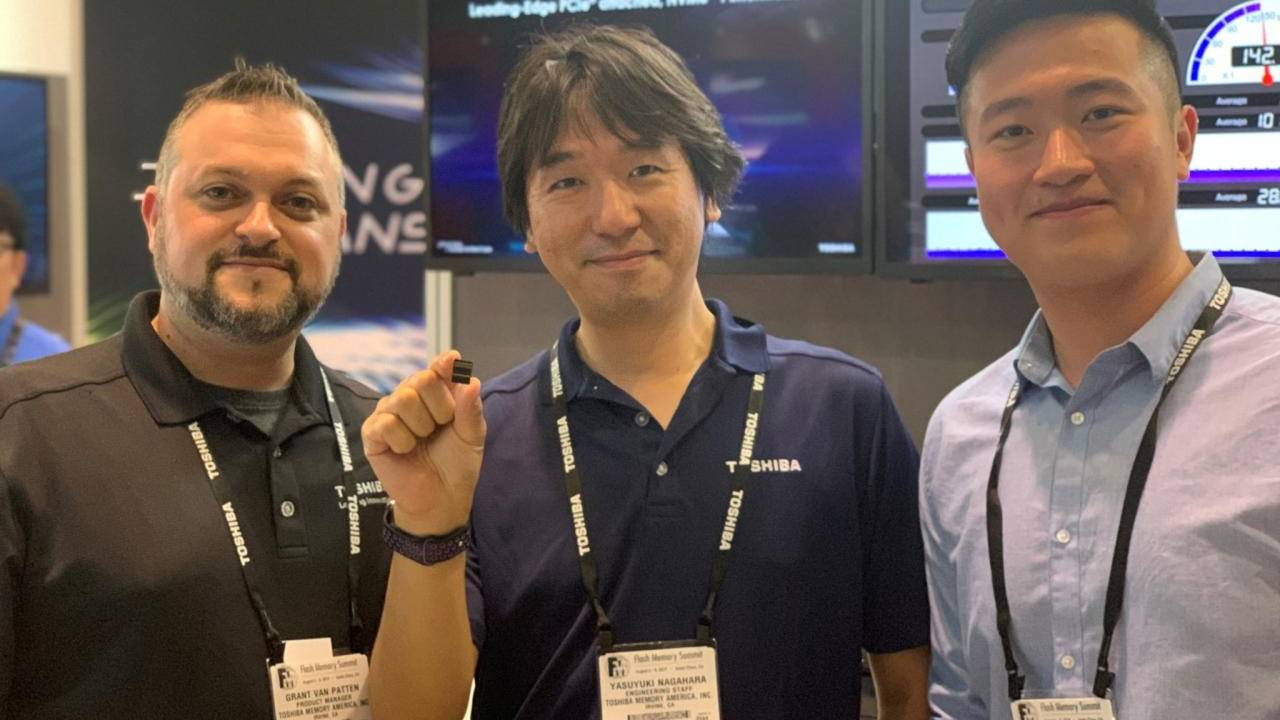 Toshiba XFMEXPRESS opens the door for removable SSD cards