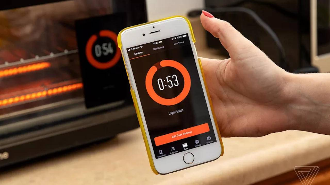 June smart ovens reportedly preheats overnight on its own
