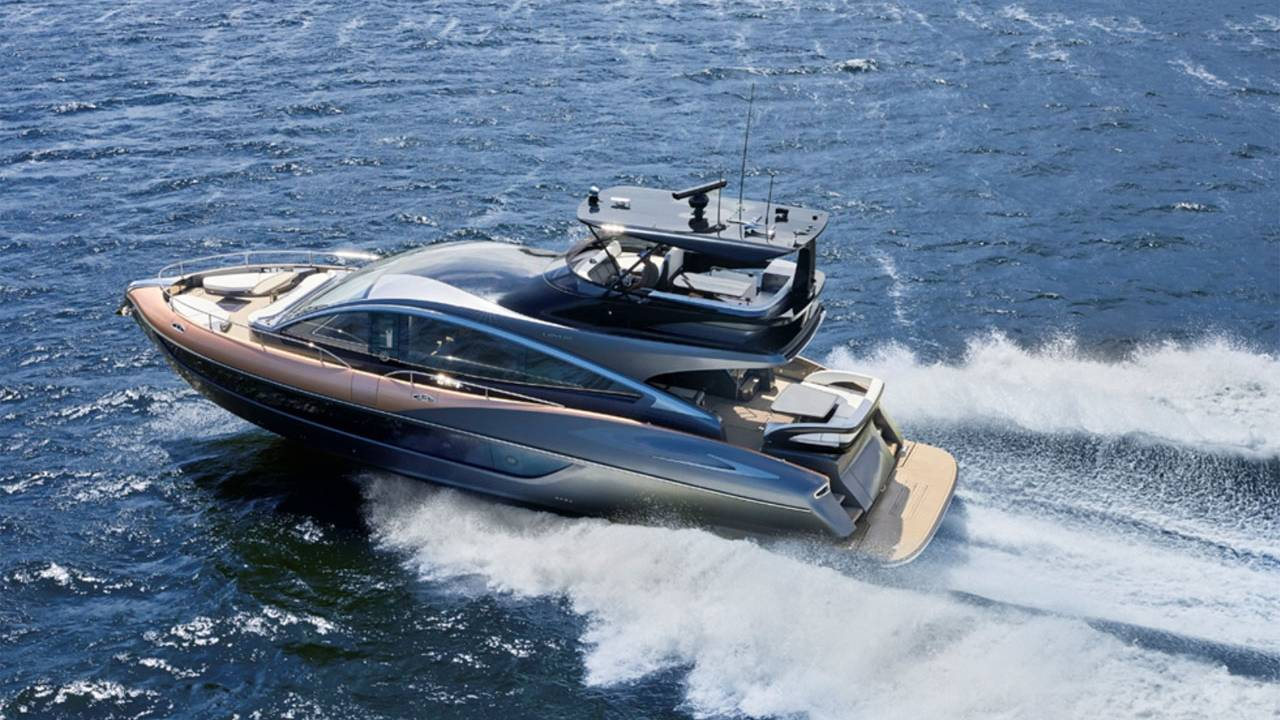 Lexus LY 650 Yacht is 65 feet of luxury