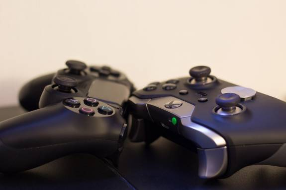 Pair your Xbox One and PS4 controller to iPhone with iOS 13: Here's how