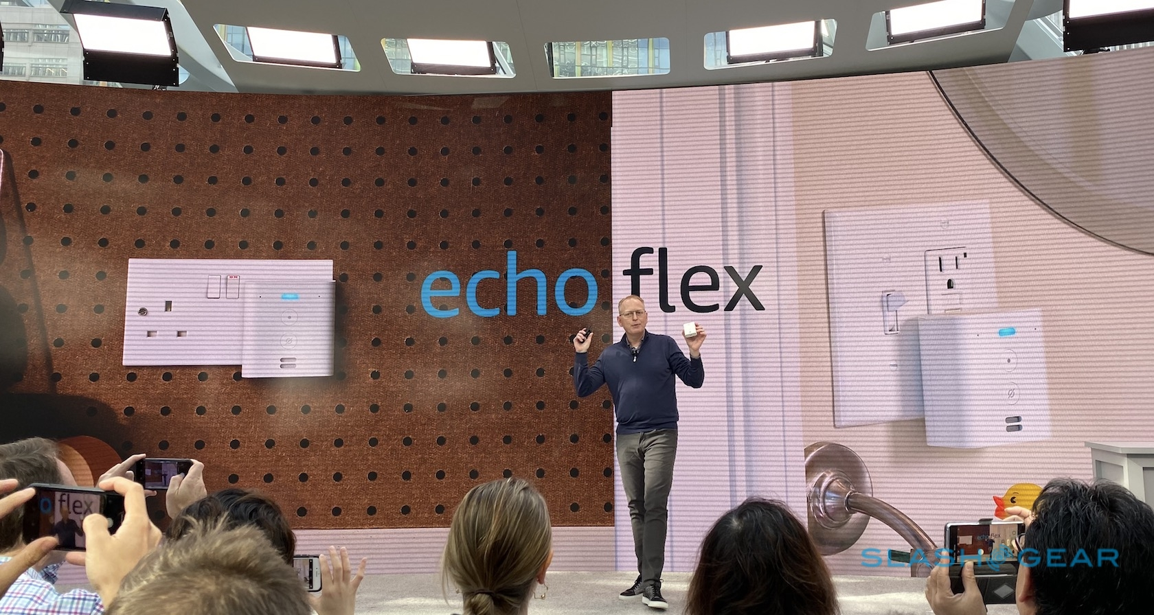Echo Flex Plugs Alexa Right Into An Outlet With Modular