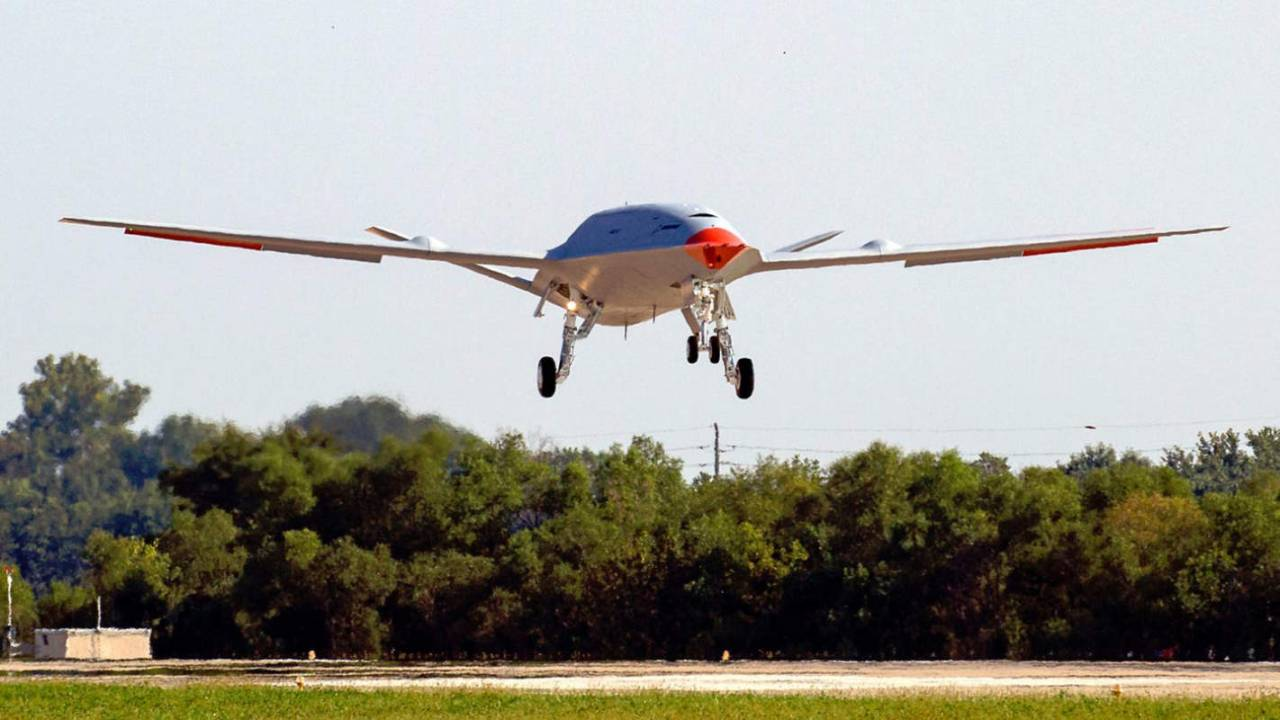 Boeing MQ-25 unmanned refueler drone completes its first test flight