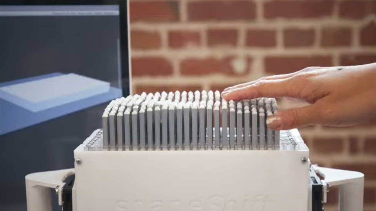 Tactile display lets the blind perform 3D printing and CAD