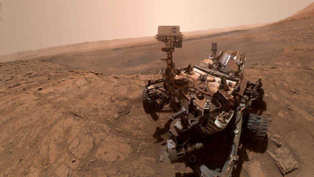 Curiosity's latest selfie shows rover after special chemistry experiment