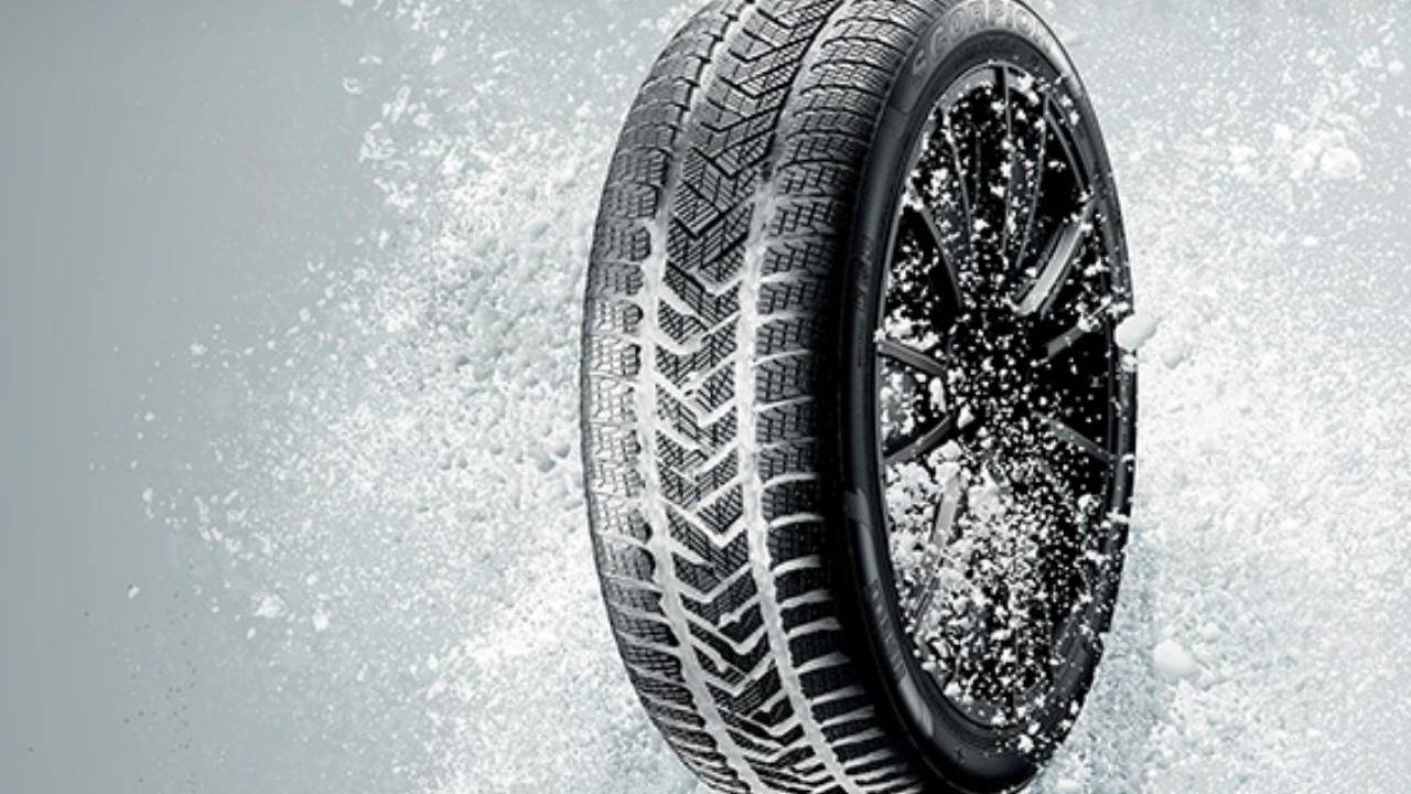 Pirelli Cyber Tire uses 5G to tell nearby cars about poor roads
