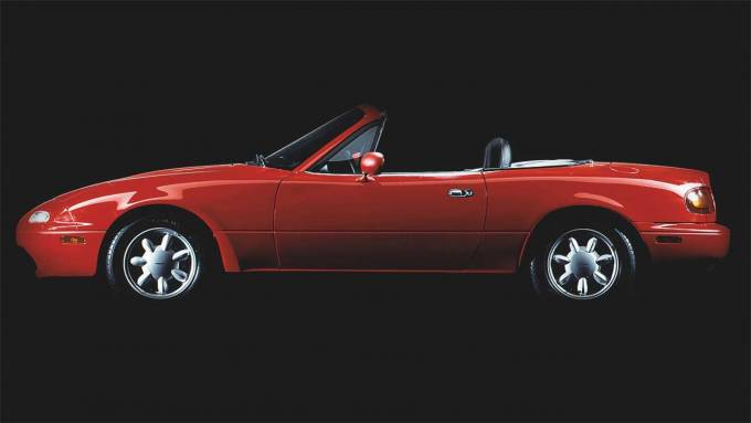 Mazda expands US availability for MX-5 restoration parts