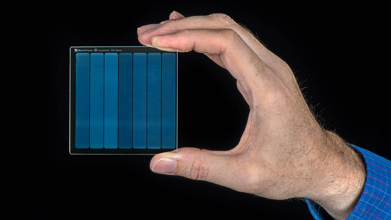Microsoft project saving data in glass could safely archive it for millennia