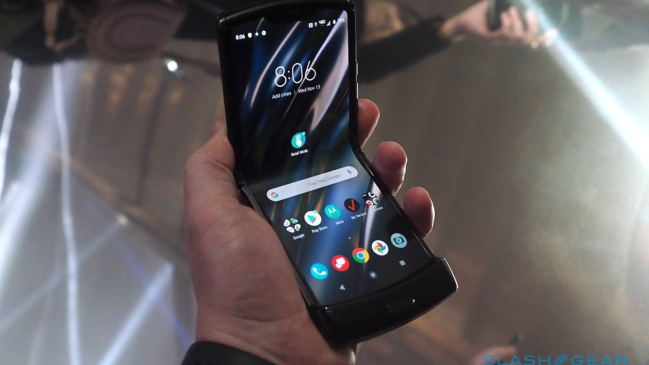 Motorola Razr hands-on – Old name, brand new category