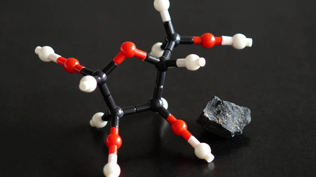 Sugars in space: NASA finds clue to life's origins in meteorites