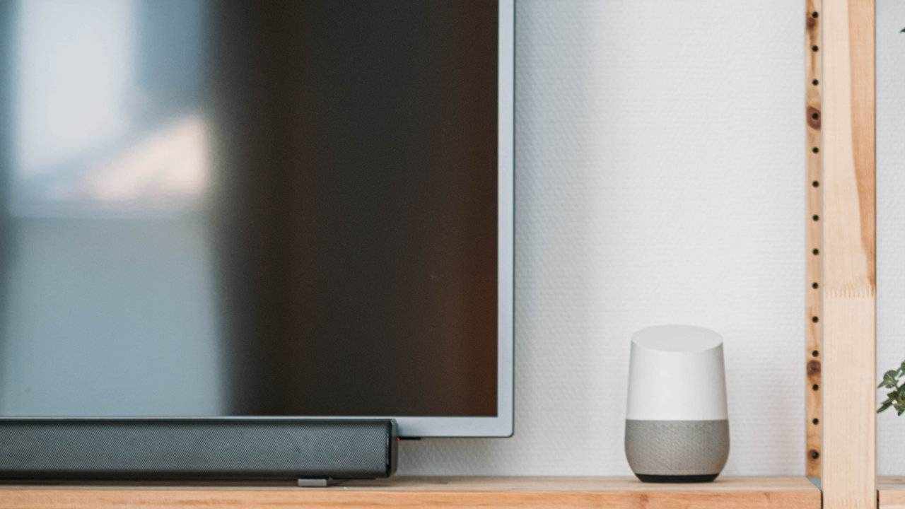 Hulu finally adds voice control for Chromecast and Google smart displays