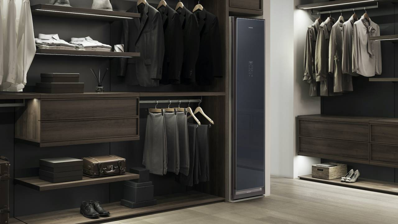 Samsung AirDresser is like a magic cleaning wardrobe for your laundry