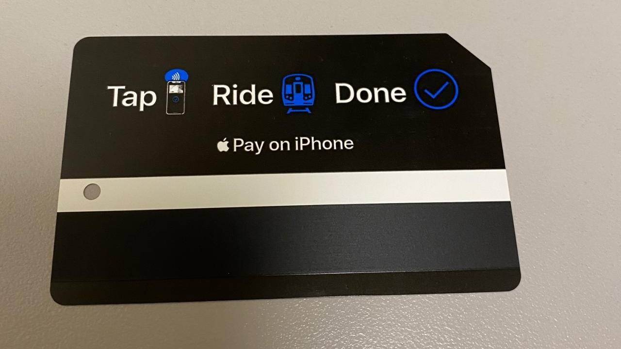 Apple Pay Express Transit charged just by being near NYC OMNY readers
