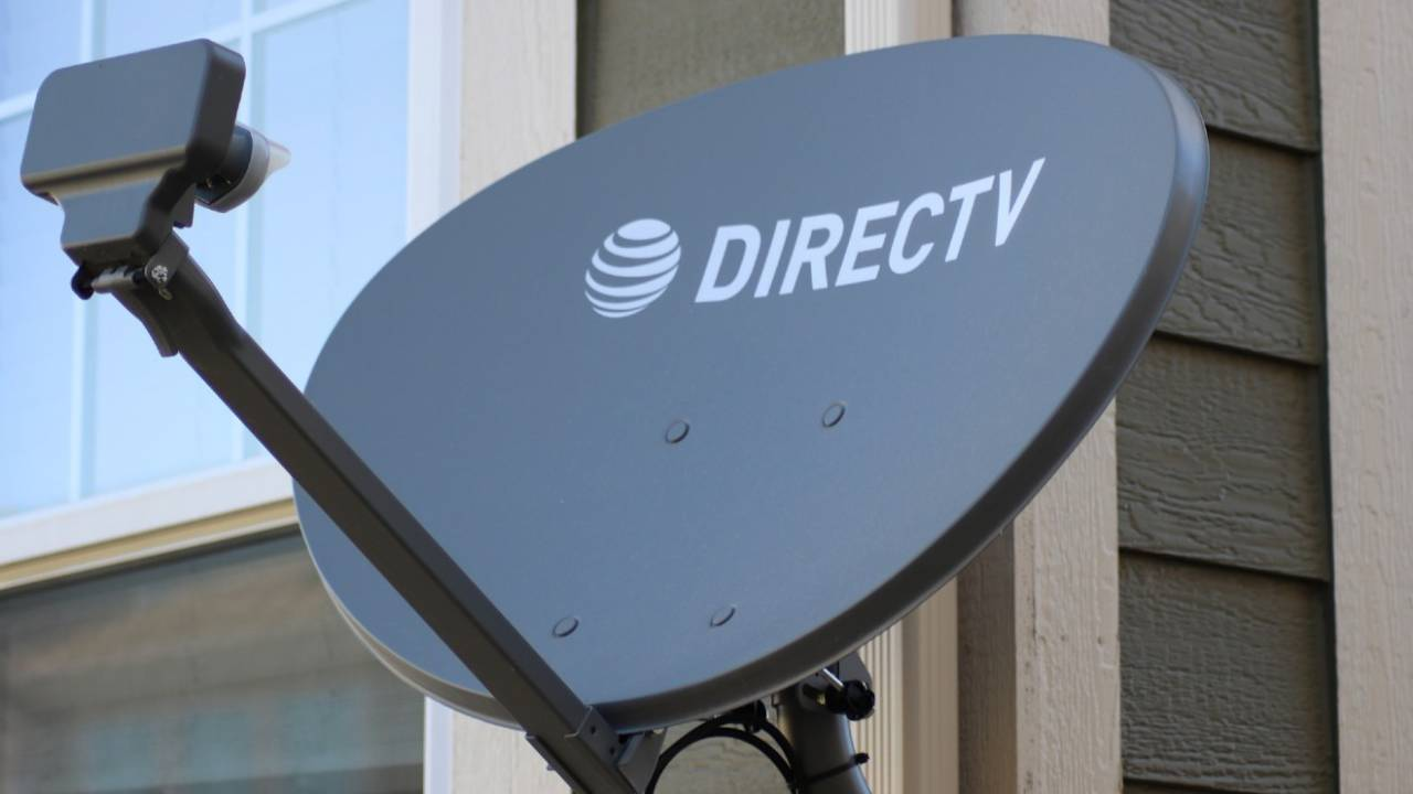 DirecTV satellite suffers 'major anomaly' putting batteries at risk