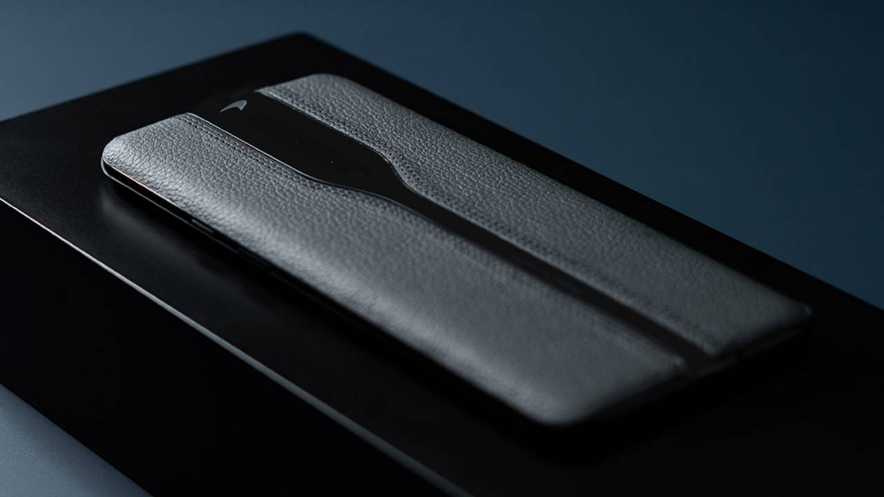 OnePlus Concept One black prototype looks better but is ineffective