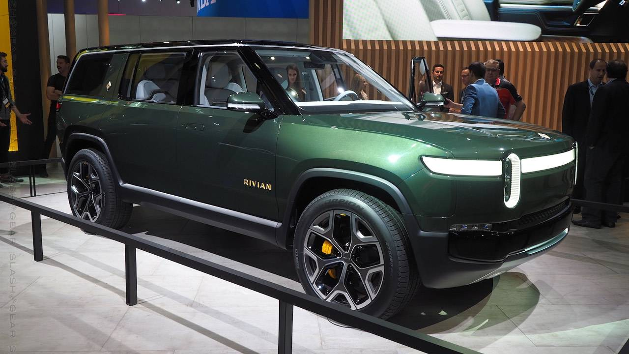 The new Lincoln EV will use Rivian's all-electric platform