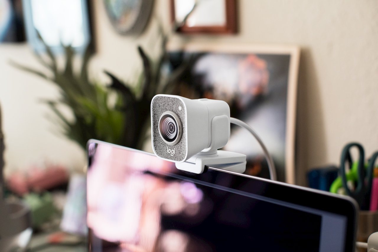 Logitech StreamCam webcam is aimed squarely at streamers - SlashGear
