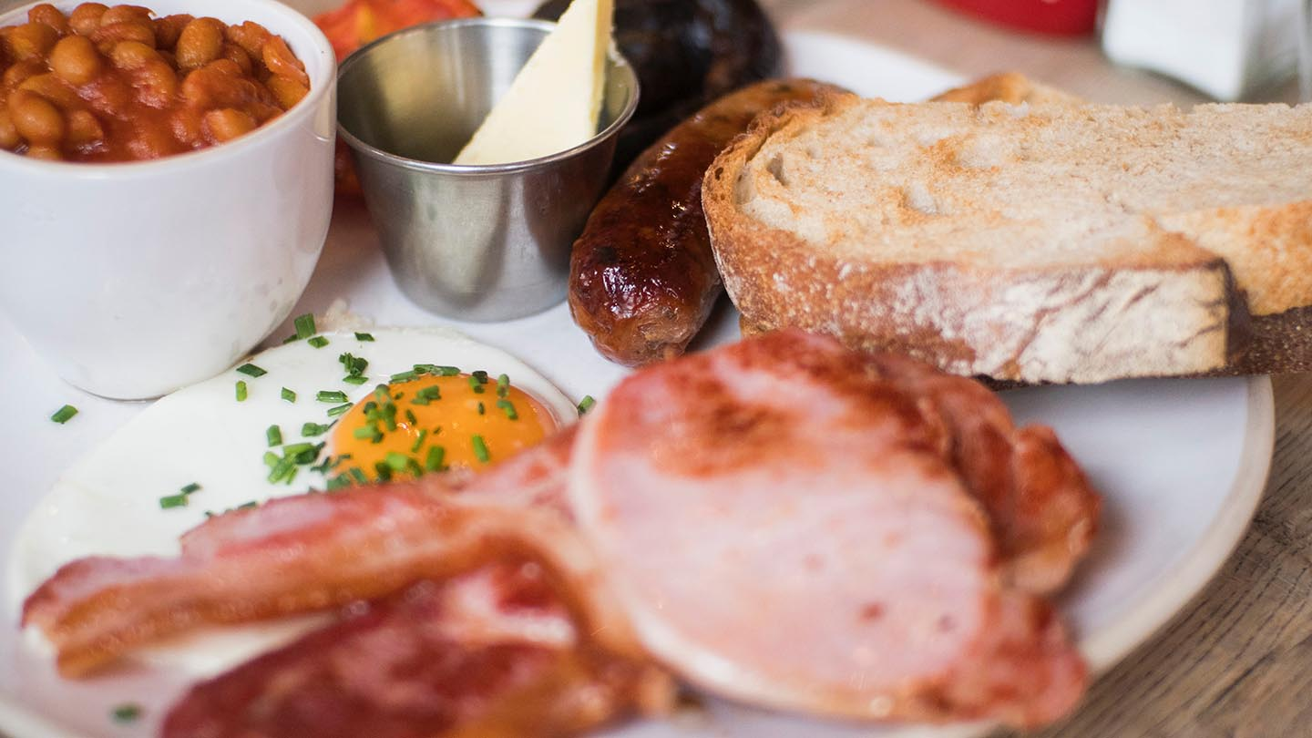 Study finds eating a big breakfast may significantly boost calorie burning