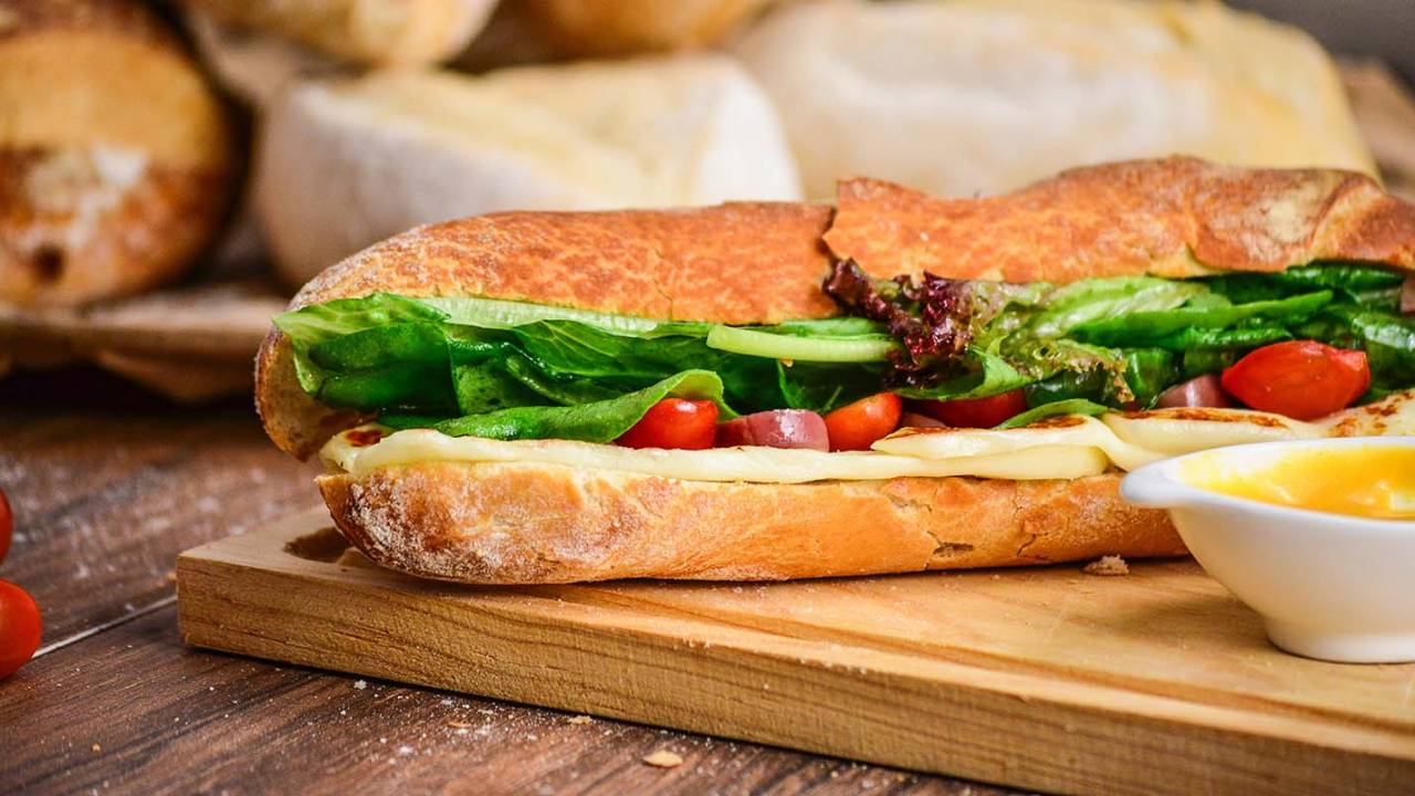CDC warns E. coli infections linked to popular sandwich restaurant