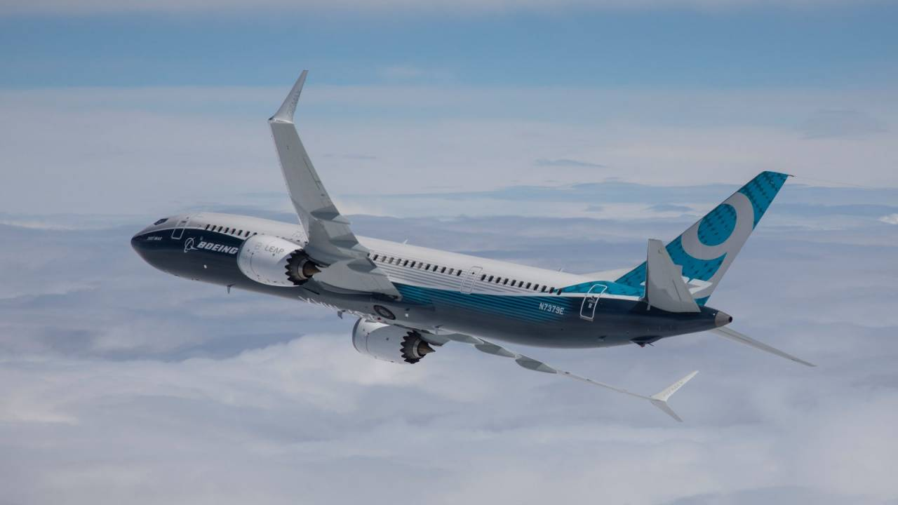 How are airlines affected by the coronavirus?